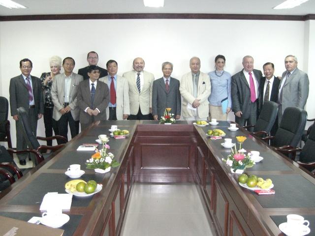 Lãnh đạo Hội tiếp Đoàn UB Đối ngoại Hạ Viện Rumani sang thăm VN 11/2011